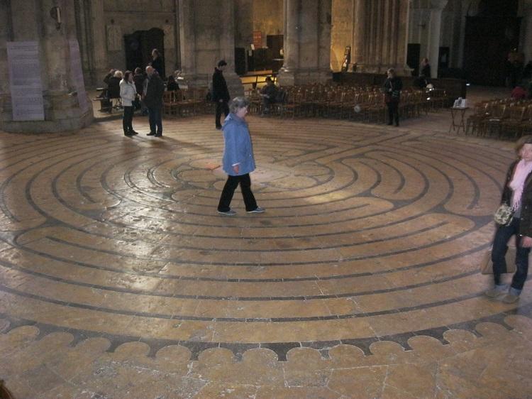 chartres labyrint